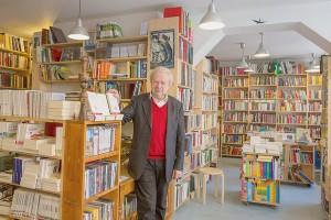 Michel-Chandeigne-dans-librairie-Paris-17-mars-2015-L-amour-Portugal-venu-poste-professeur-biologie_0_1400_400